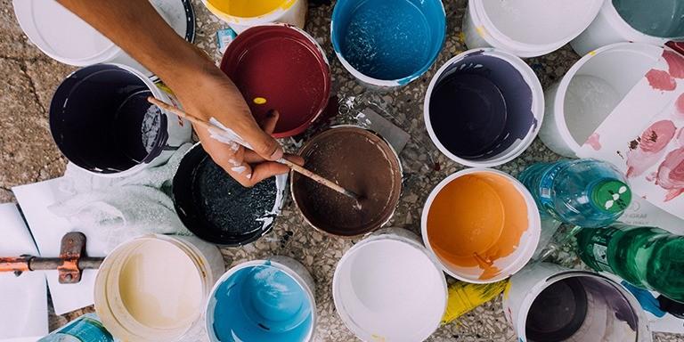 Büyüleyici Dünyasıyla Hayatımızı Süsleyen Renk Bilimi