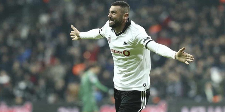 Yurt Dışında Oynayan En Değerli Türk Futbolcular