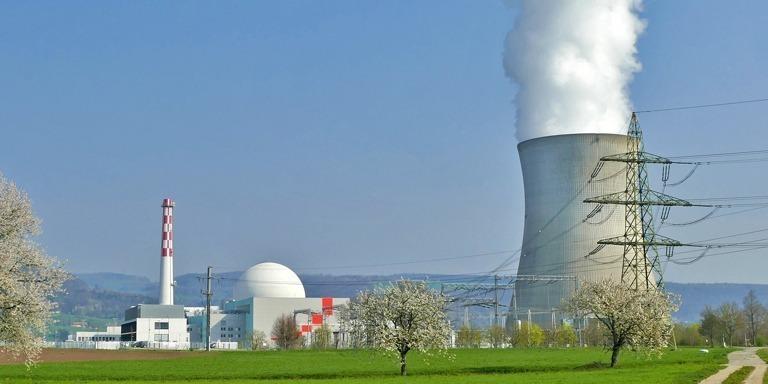 Uluslararası Düzeyde Bitmeyen Tartışma: Nükleer Enerji