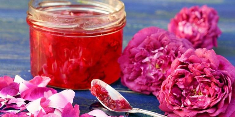 Muhteşem Kokulara Sahip Çiçek Reçeli Tarifleri