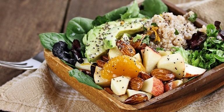 Sağlıklı Öğün Arayanlar İçin En Lezzetli Salata Tarifleri