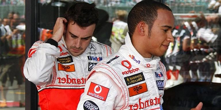Formula 1'de Tarih Yazan Lewis Hamilton Hakkında Bilinmeyenler