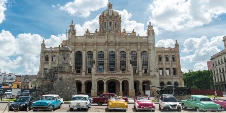 Devrim Ülkesi Küba'nın En Büyüleyici Gözde Yerleri