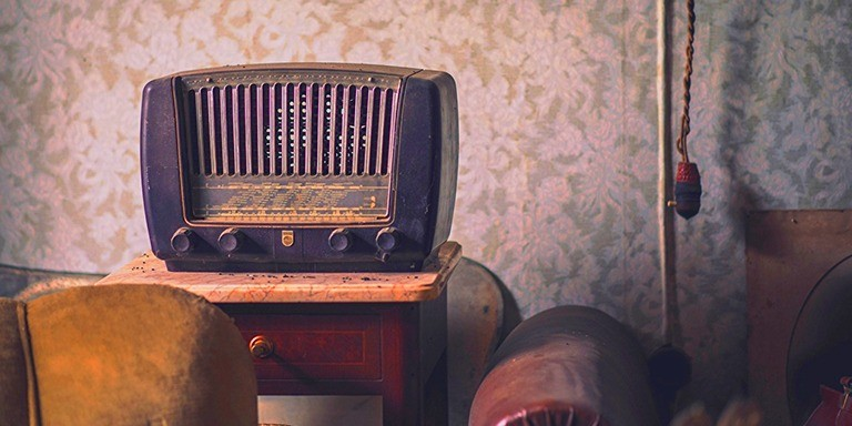 Eski Zamanların Vazgeçilmez İletişim Aracı Radyonun Tarihçesi