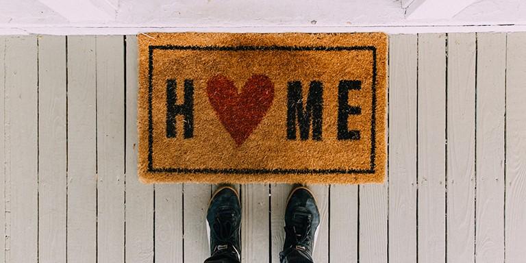 Modern Bir Ev Dekore Etmek İçin Yapılması Gerekenler