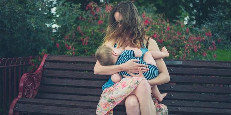 Doğal Yöntemlerle Anne Sütünü Arttıran Faydalı Besinler